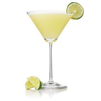 Perfect margarita patr n margarita recipe patr n tequila for Cocktail margarita